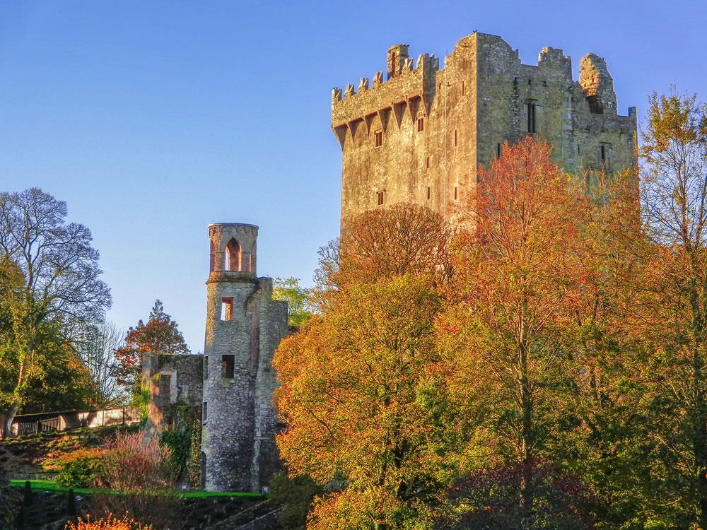 bigstock-The-Beautiful-Blarney-Castle-I-350176135