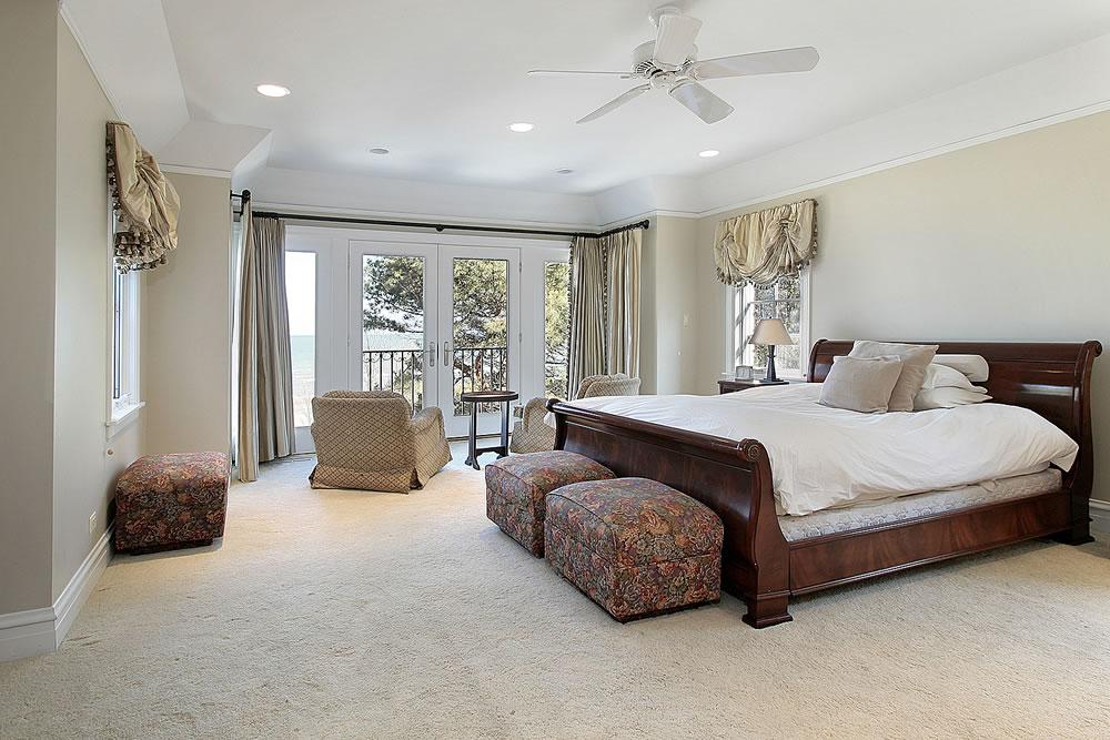 bigstock-Luxury-Master-Bedroom-With-Lak-5151104