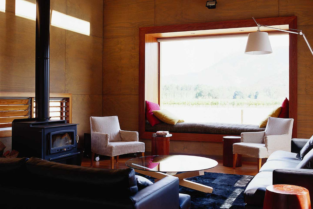 cavedons-lounge-fireplace (1)