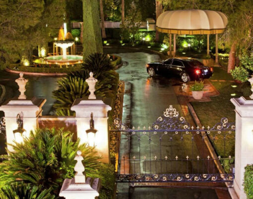 mirage-villas-entrance-gate-exterior-night.tif.image.2480.1088.high