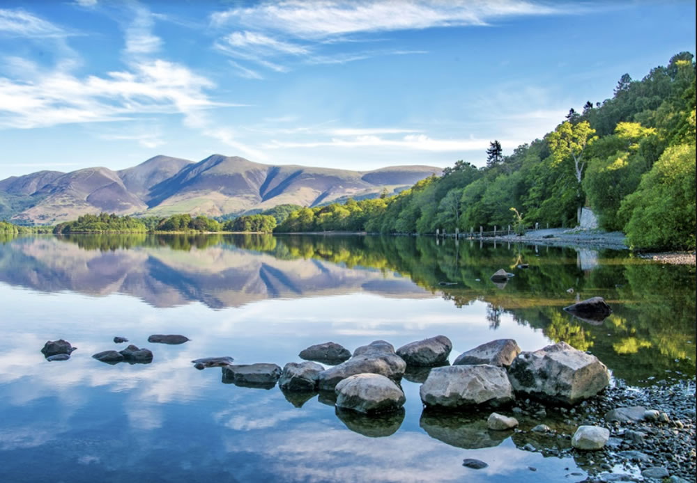 The Lake District is home to mountainous views and ribbon lakes. Image credit reallakedistrict.co
