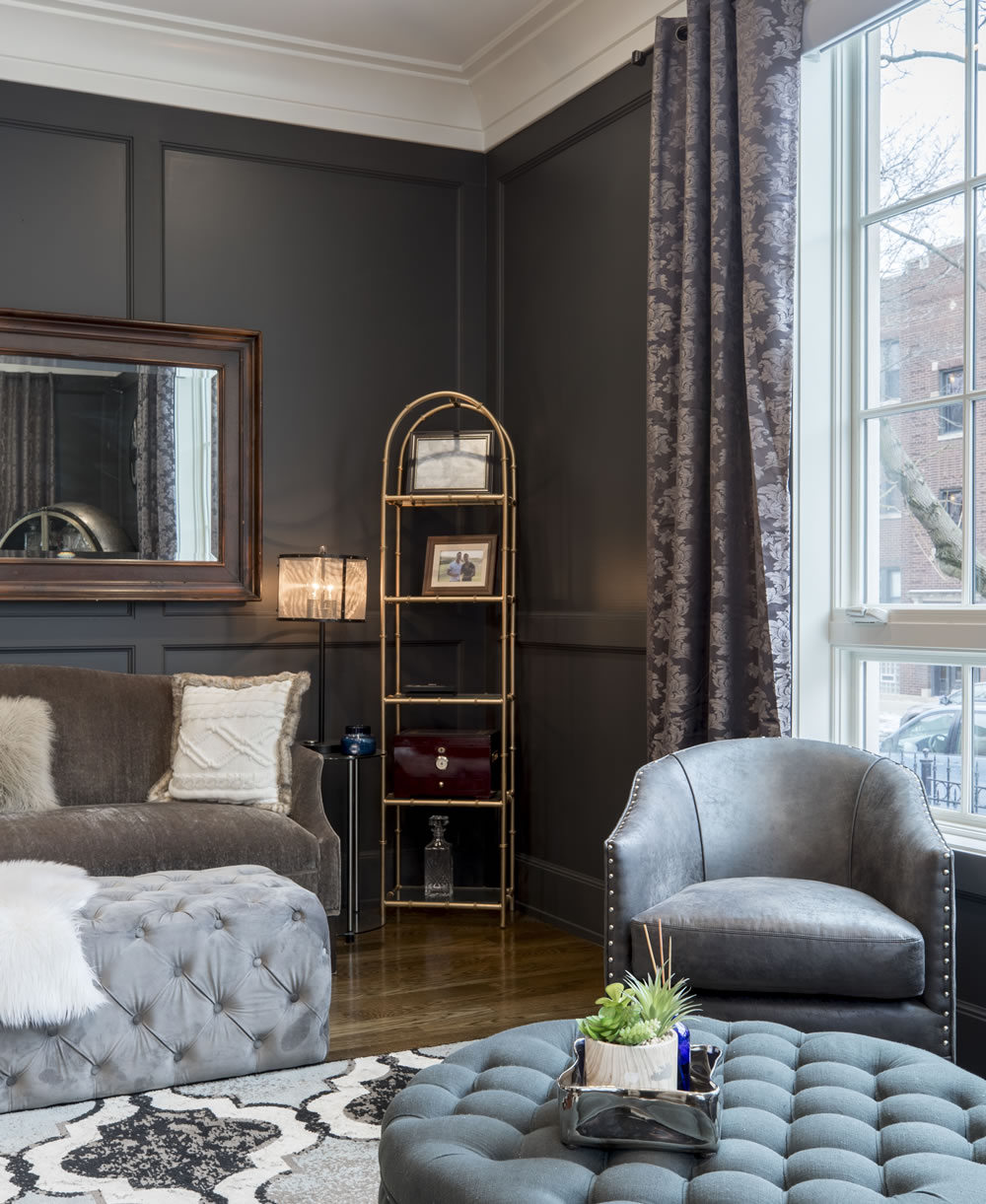 vacant-gray-leather-tub-chair-in-room-2343468
