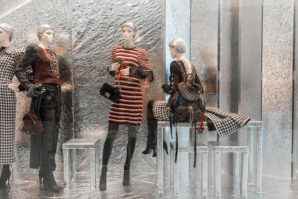 bigstock-Chanel-Shop-At-Emquatier-Bang-226381153