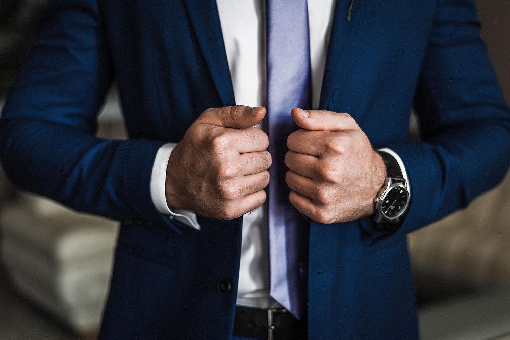 man suit style