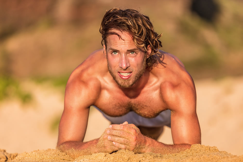 bigstock-Fitness-planking-workout-man-d-186799099