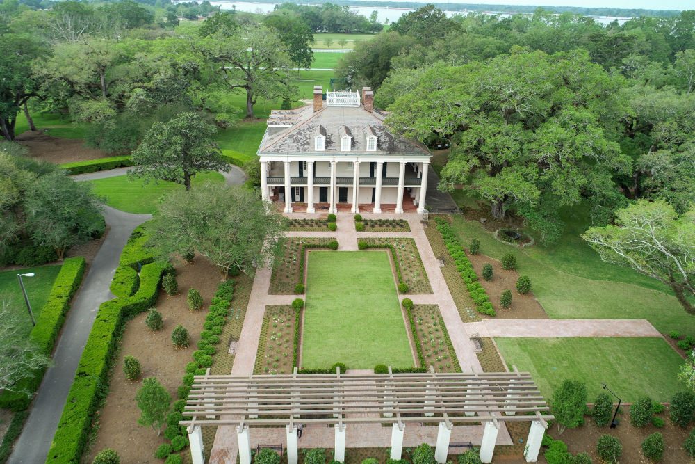 Hotel Review: Oak Alley Plantation, Louisiana in the USA ...