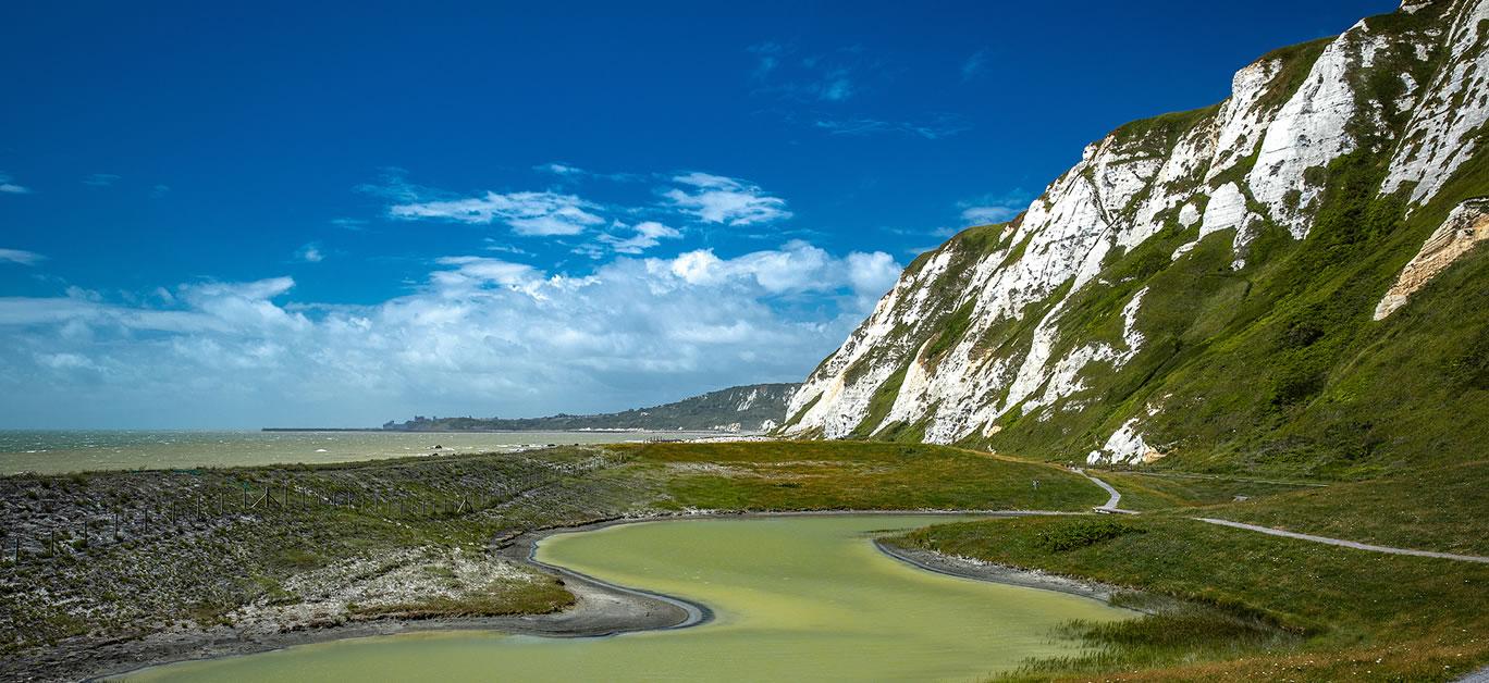 bigstock-Scenic-view-of-Samphire-Hoe-Co-380421778