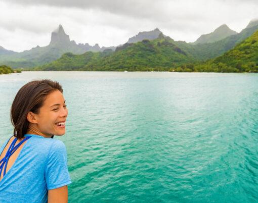 bigstock-Tahiti-cruise-ship-travel-vaca-278736673
