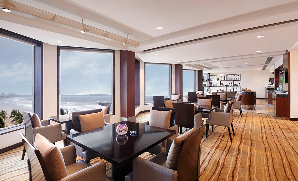Novotel Mumbai Juhu Beach-premier lounge