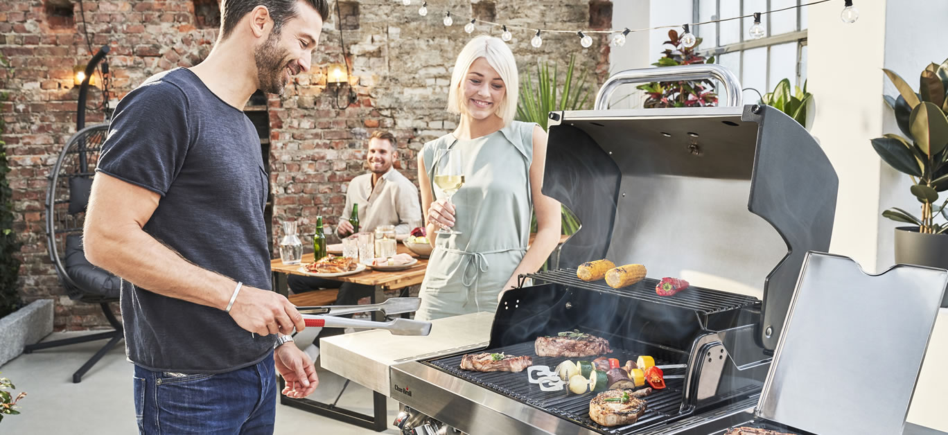 Char-Broil_NEW for 2021 Professional_PRO 3burner with Sear Burner £719