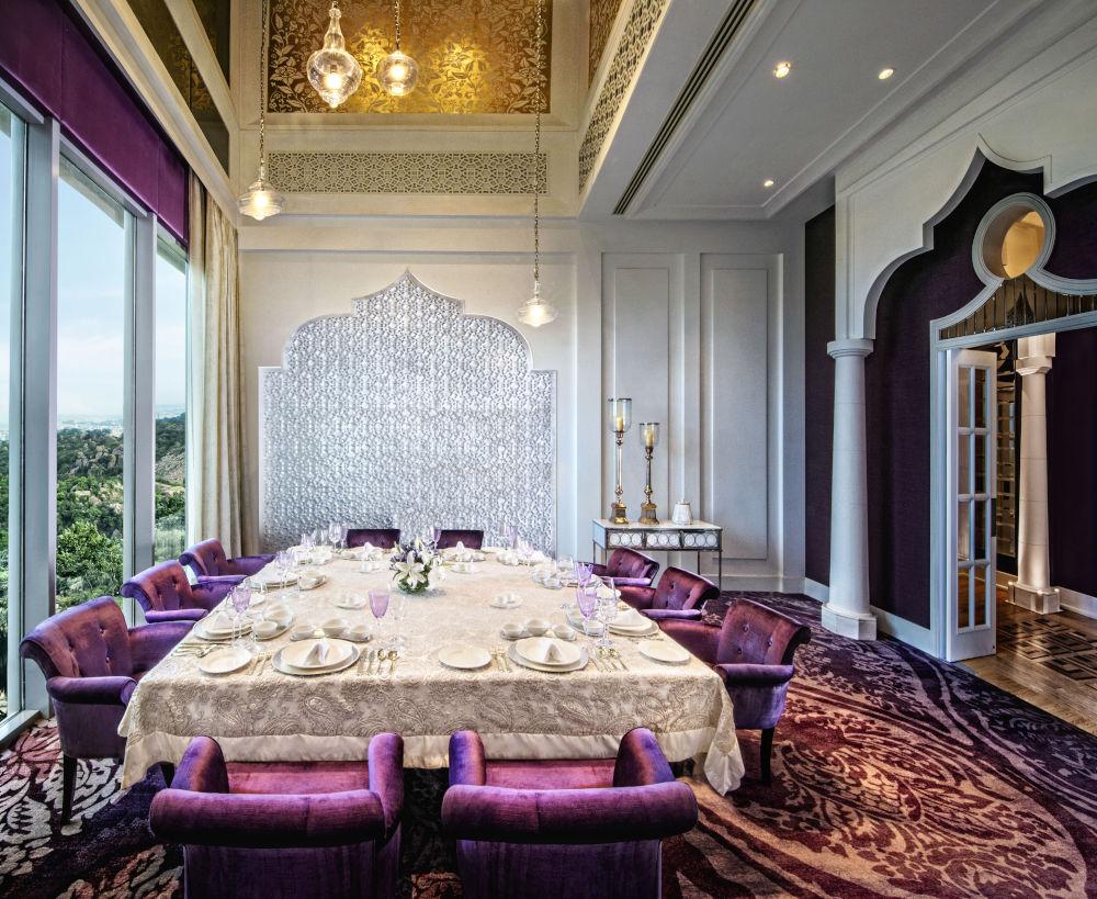 Spacious dining room at Dum Pukht Begum
