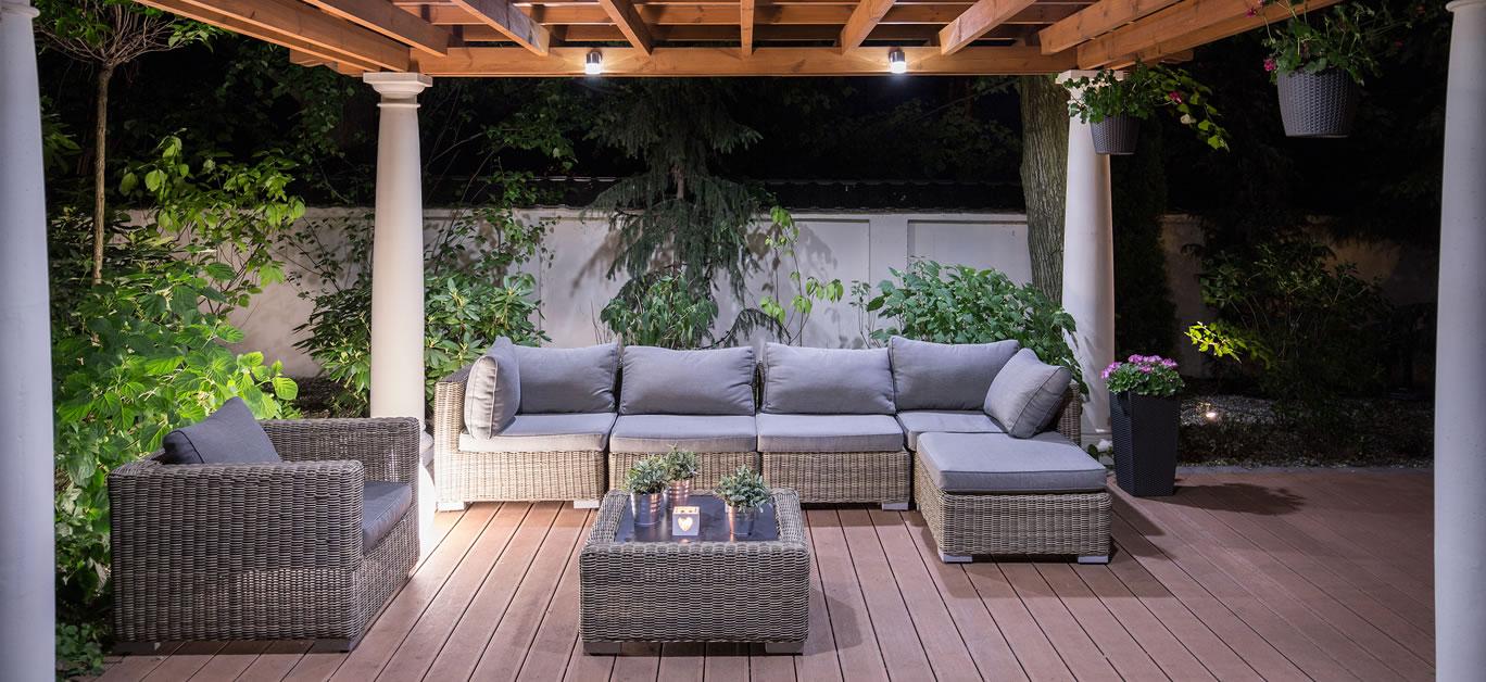 bigstock-Arbour-With-Comfortable-Garden-95071418
