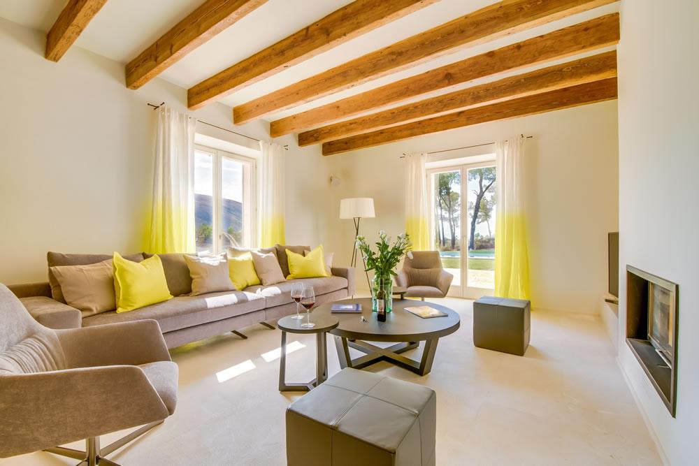 Villas add private luxury at Carrossa