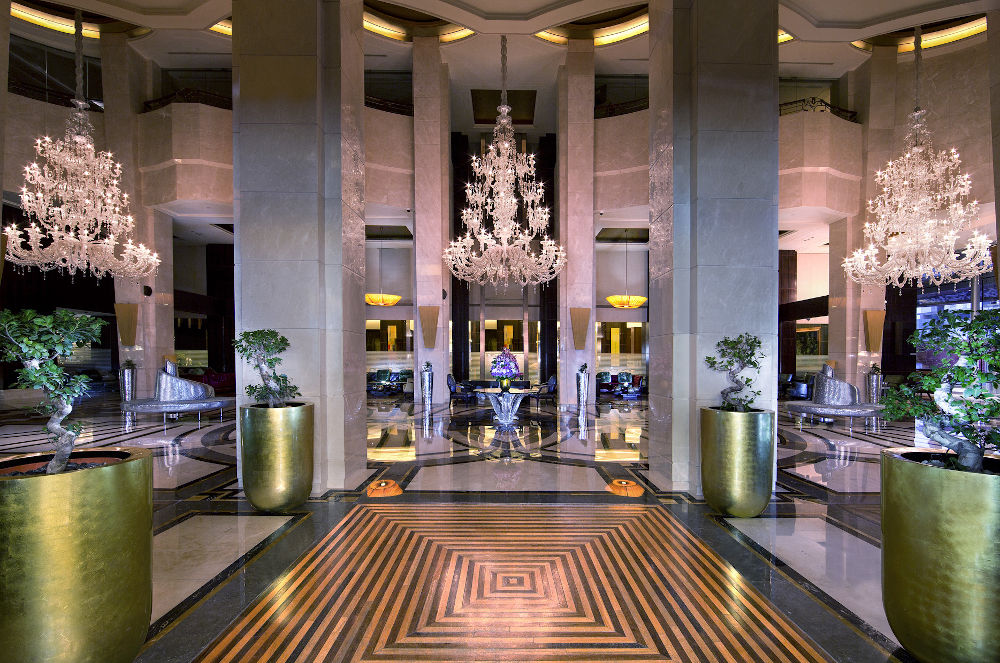 La Cigale lobby lounge Accor
