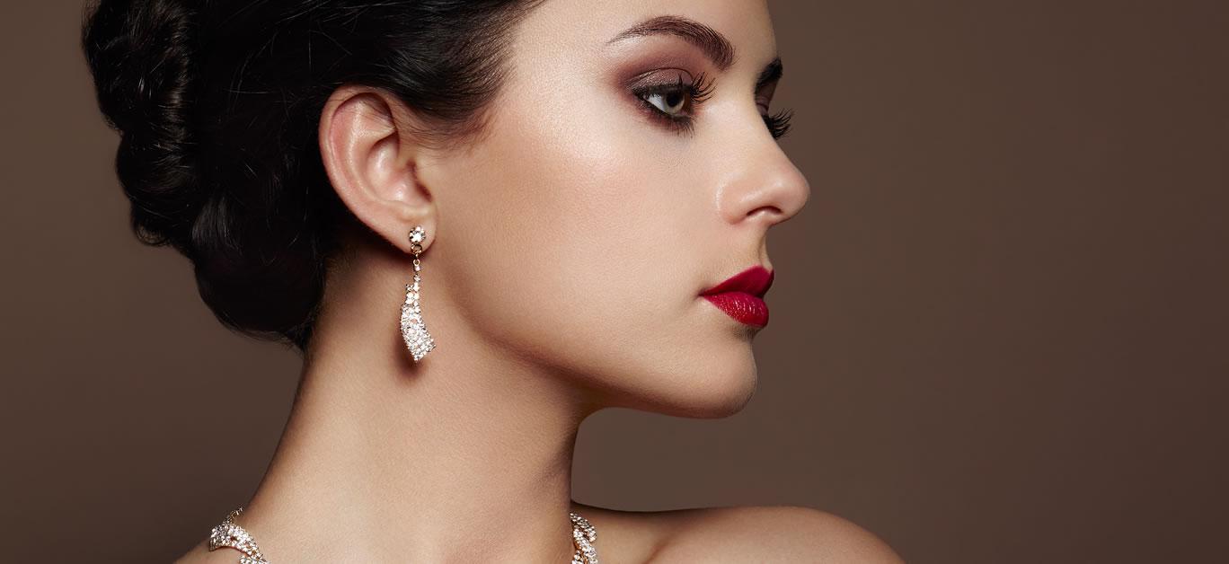 bigstock-Fashion-Portrait-Of-Young-Beau-117455036