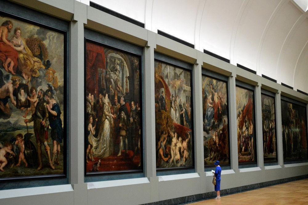 Grand art gallery in Paris