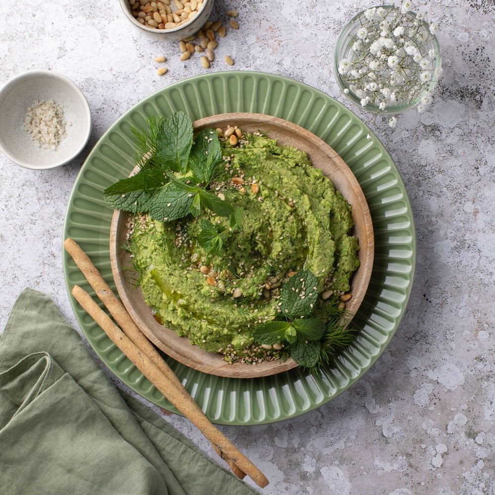 Pea, mint and toasted pine nut pate