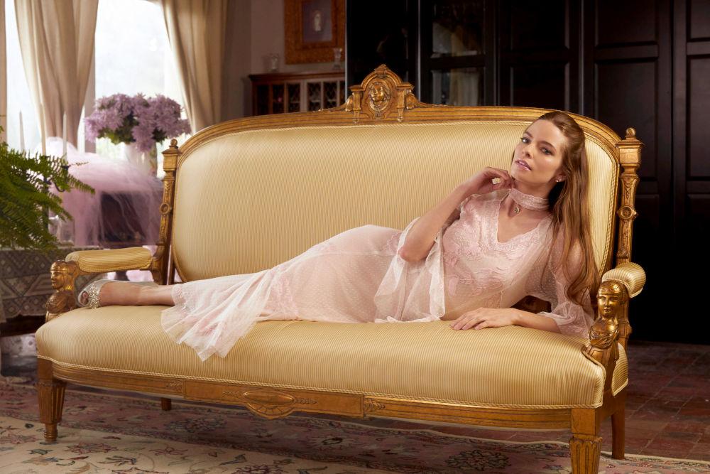 Great Gatsby wedding dress by Nataya