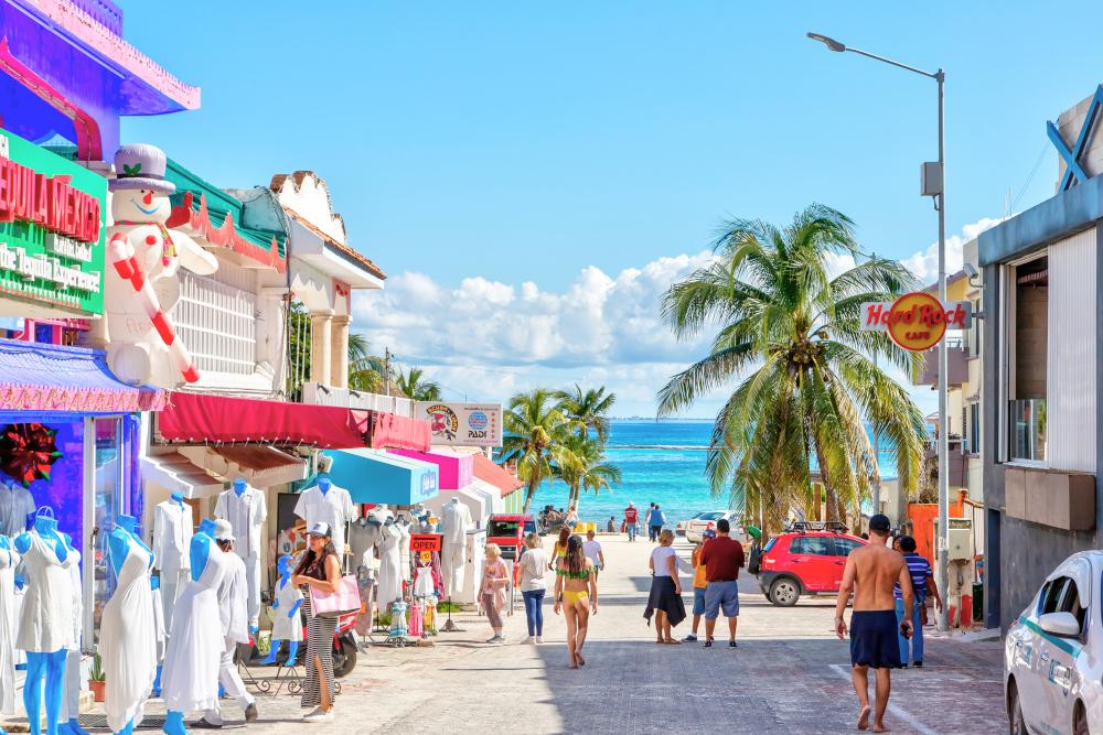 famous entertainment district of Playa del Carm