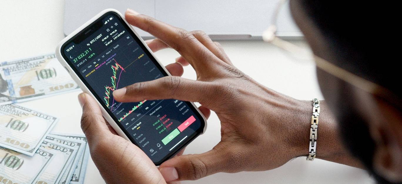 investing on phone
