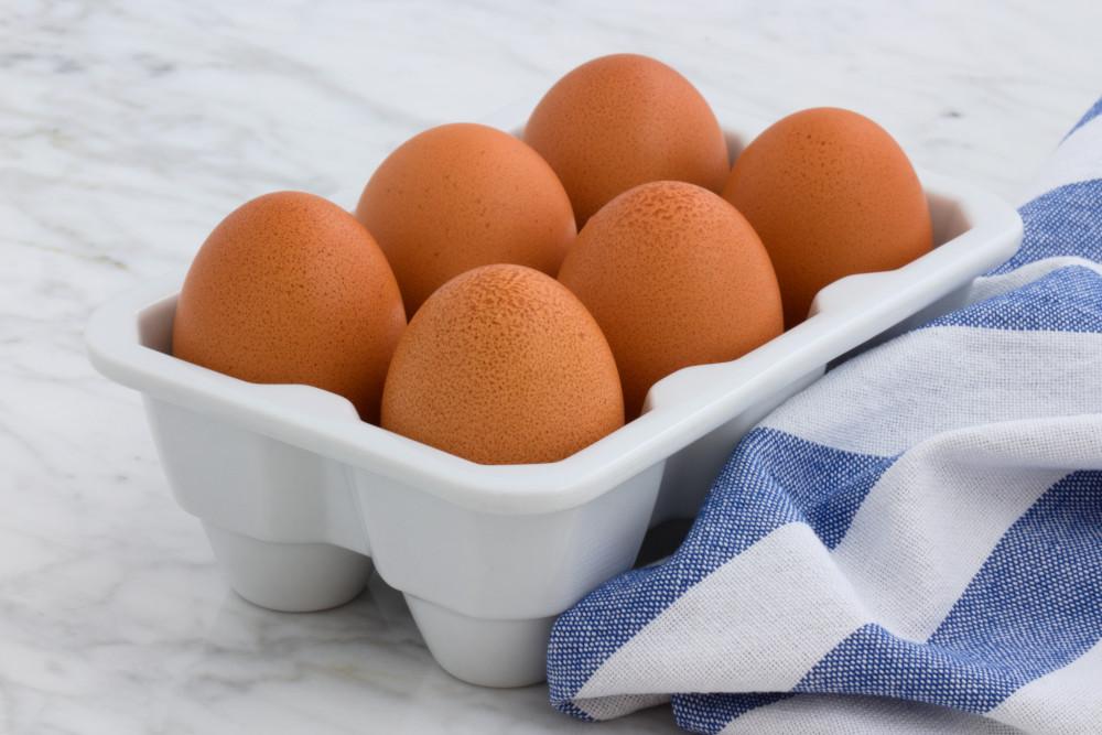 pack of six eggs