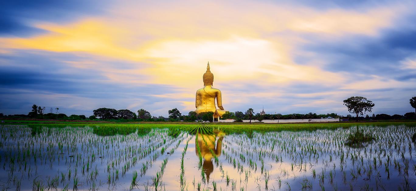bigstock-Wat-Muang-With-Gilden-Giant-Bi-75876884