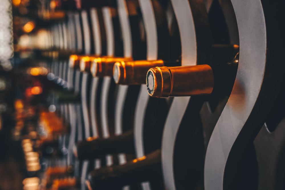 Wine cellar storing