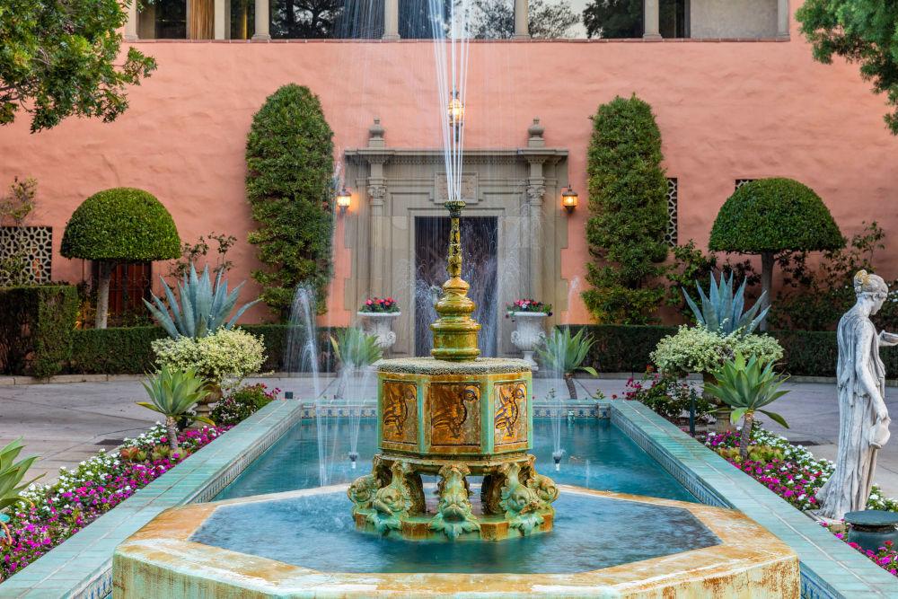 hearst estate fountain