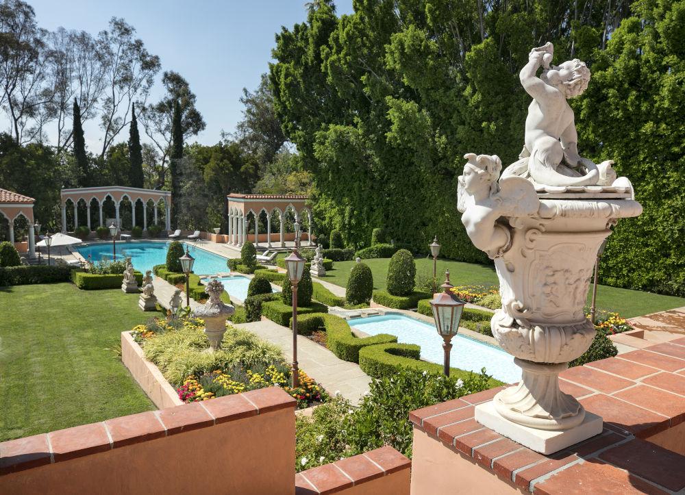 hearst estate gardens