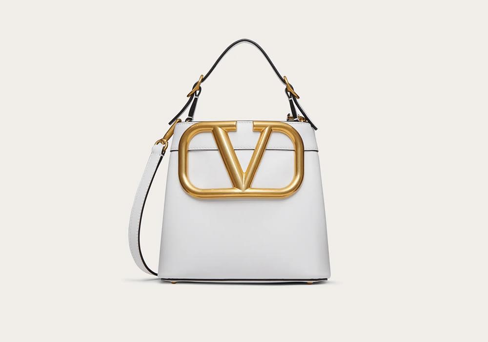 The SuperVee Handbag