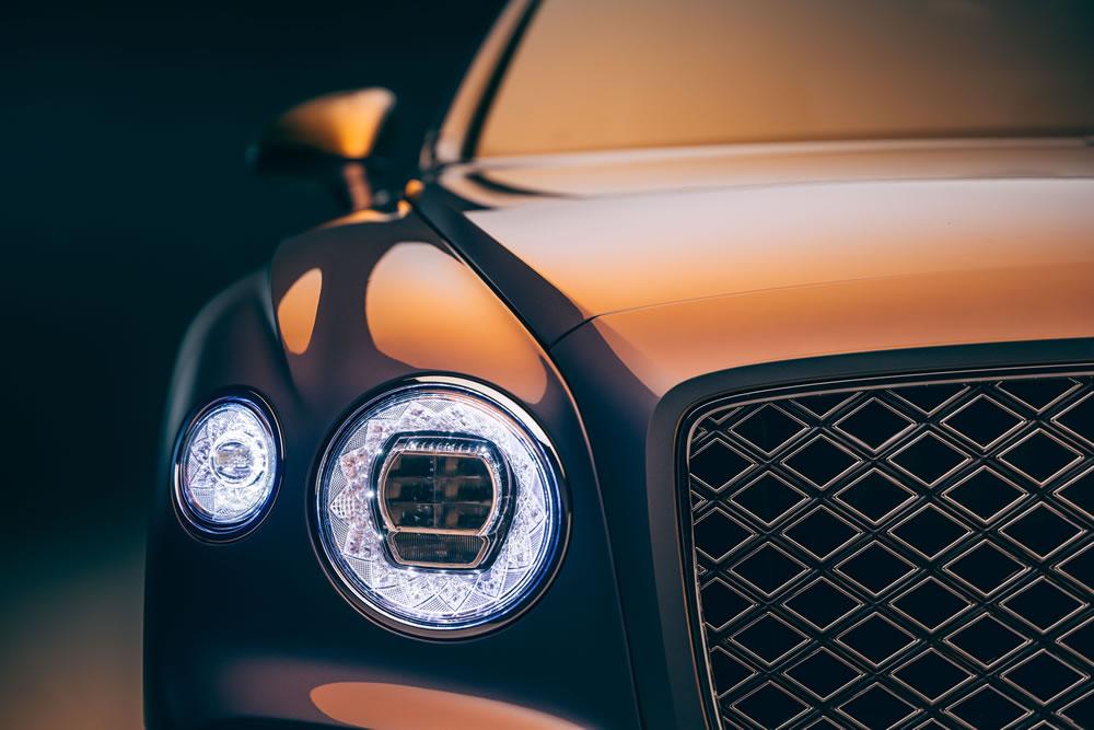 Bentley Flying Spur Mulliner Grand Tourer - lights