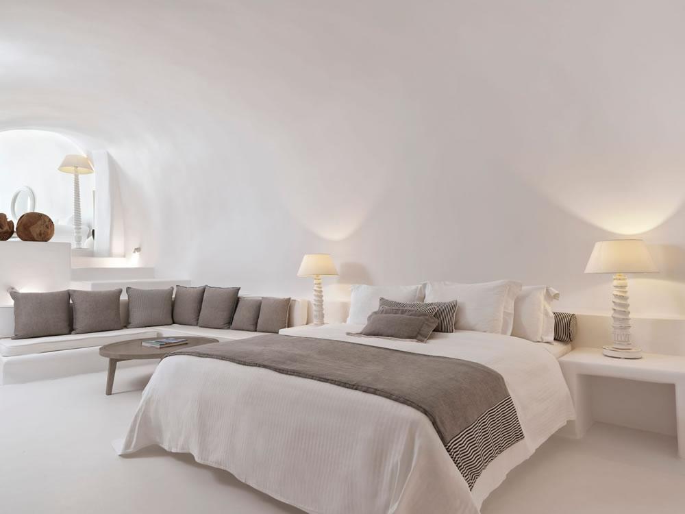 Bedroom at Katikies Chromata, Santorini