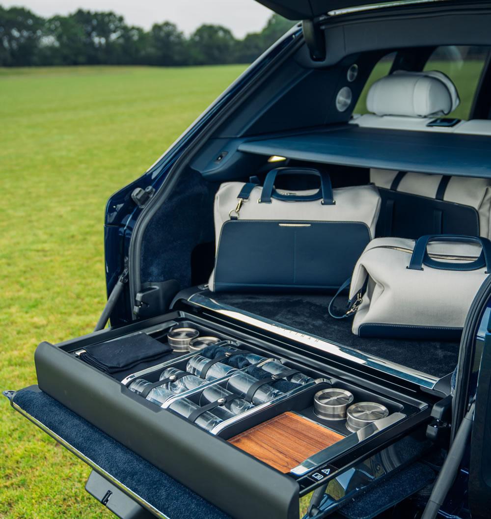 Rolls-Royce Cullinan boot