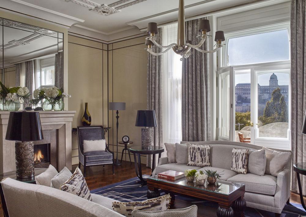 budapest gresham palace suite