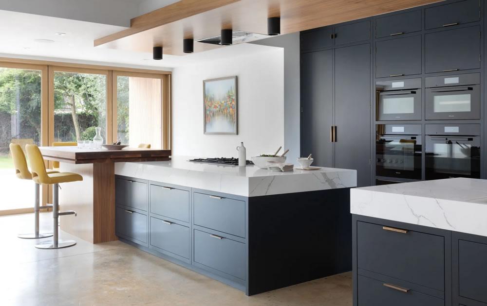 Modern and minimalist kitchen design